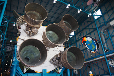The obligatory Banana Creek Saturn V engine bell shot