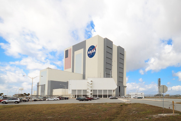 The Vehicle Assembly Building, later in the afternoon on my way home.