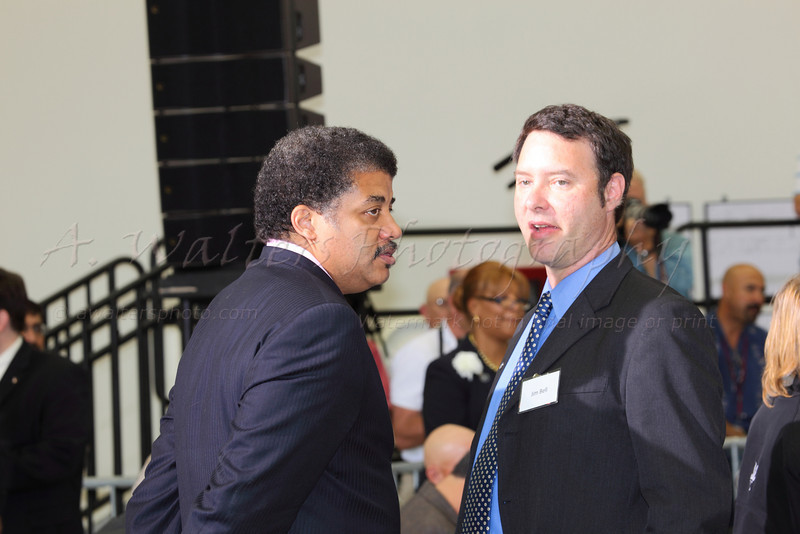 Neil deGrasse Tyson talking to Jim Bell