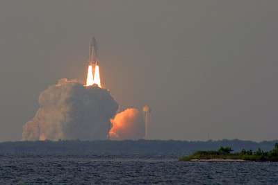 08/08/2007 - STS-118 Space Shuttle Endeavor Launch