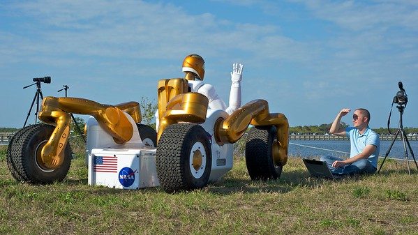 02/24/2011 -- Cape Canaveral, Florida -- R2A Robonaut prepares to wave to space shuttle Discovery. The shuttle will transport R2A's twin brother, R2B, to the International Space Station to undergo tests and perform tasks.