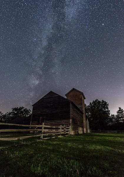 Milky Way Arching Farmhouse 7/31/17