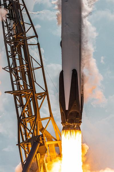 Falcon 9 Lift-Off at SLC 40