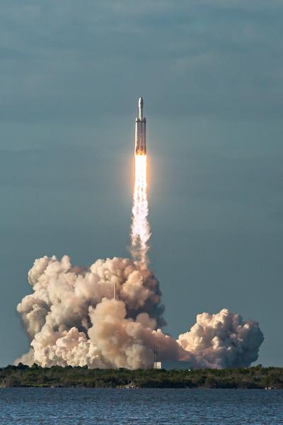 Falcon Heavy ArabSat 6A Launch