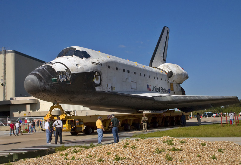Atlantis pauses for workers to say their final goodbyes.  For many of them this is their final day on the job.