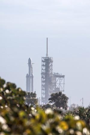 Falcon Heavy - Test Flight