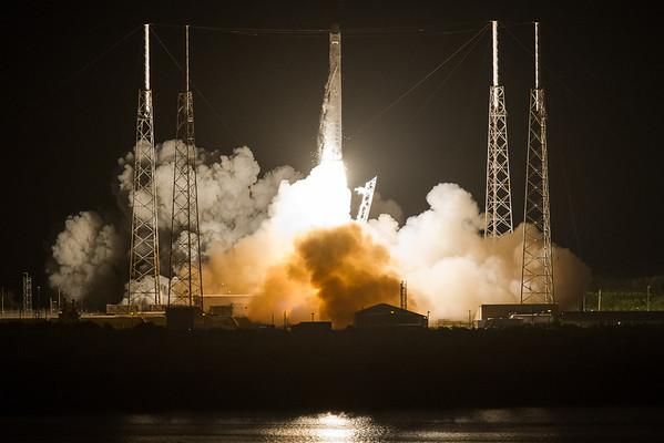 NASA COTS 2 Launch