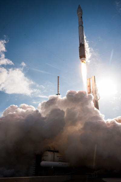 IMAGE: http://www.scriptunasimages.com/Spaceflight/USAF-SBIRS-Launch/i-Sj62mdS/0/L/WScriptunas_-0957-L.jpg
