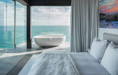 Guest Bedroom/Bathroom -Ocean View