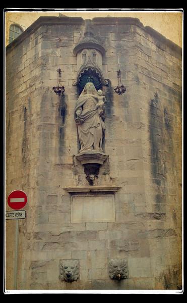 Virgin & child, Girona
