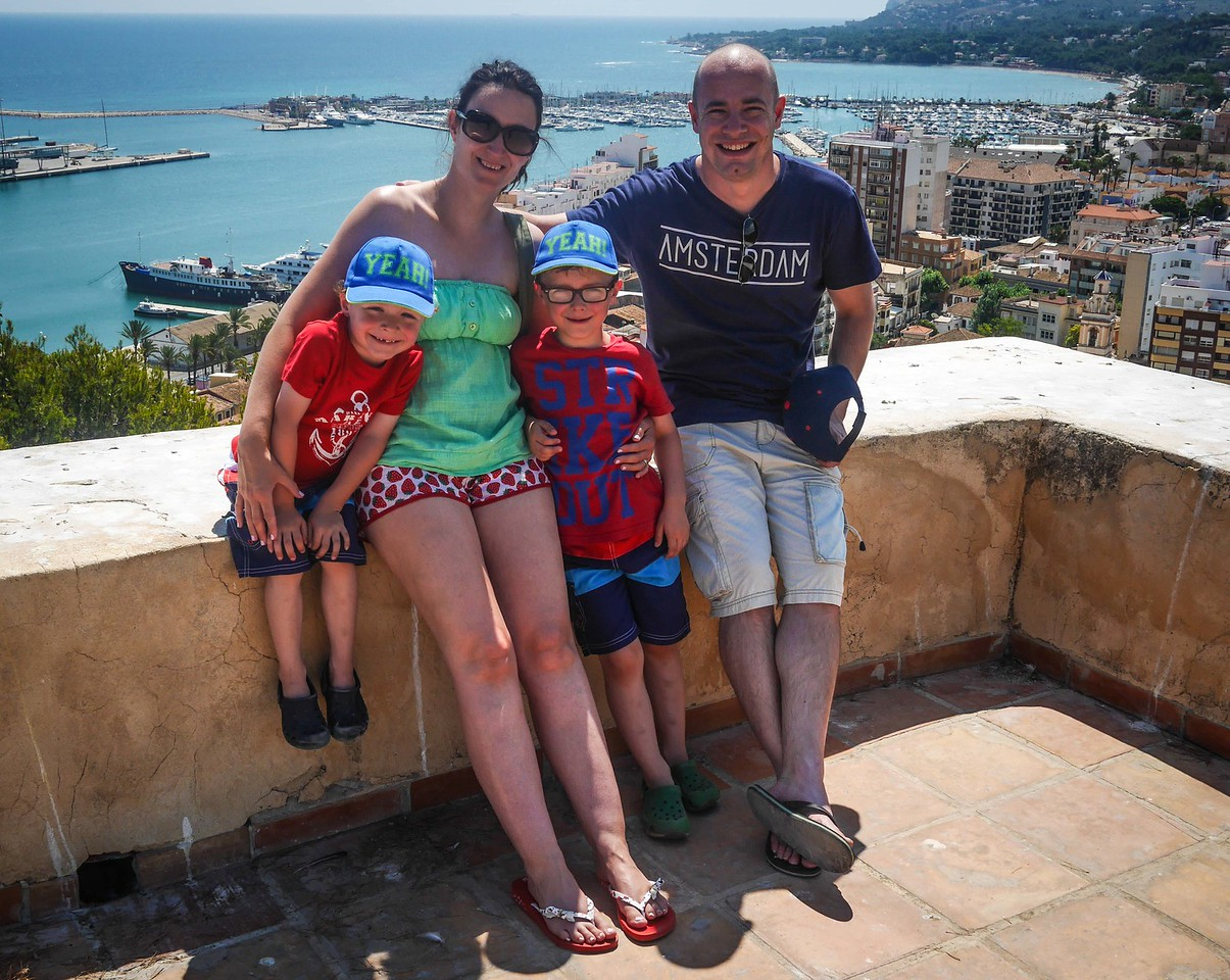 Casey Family, Castillo, Denia