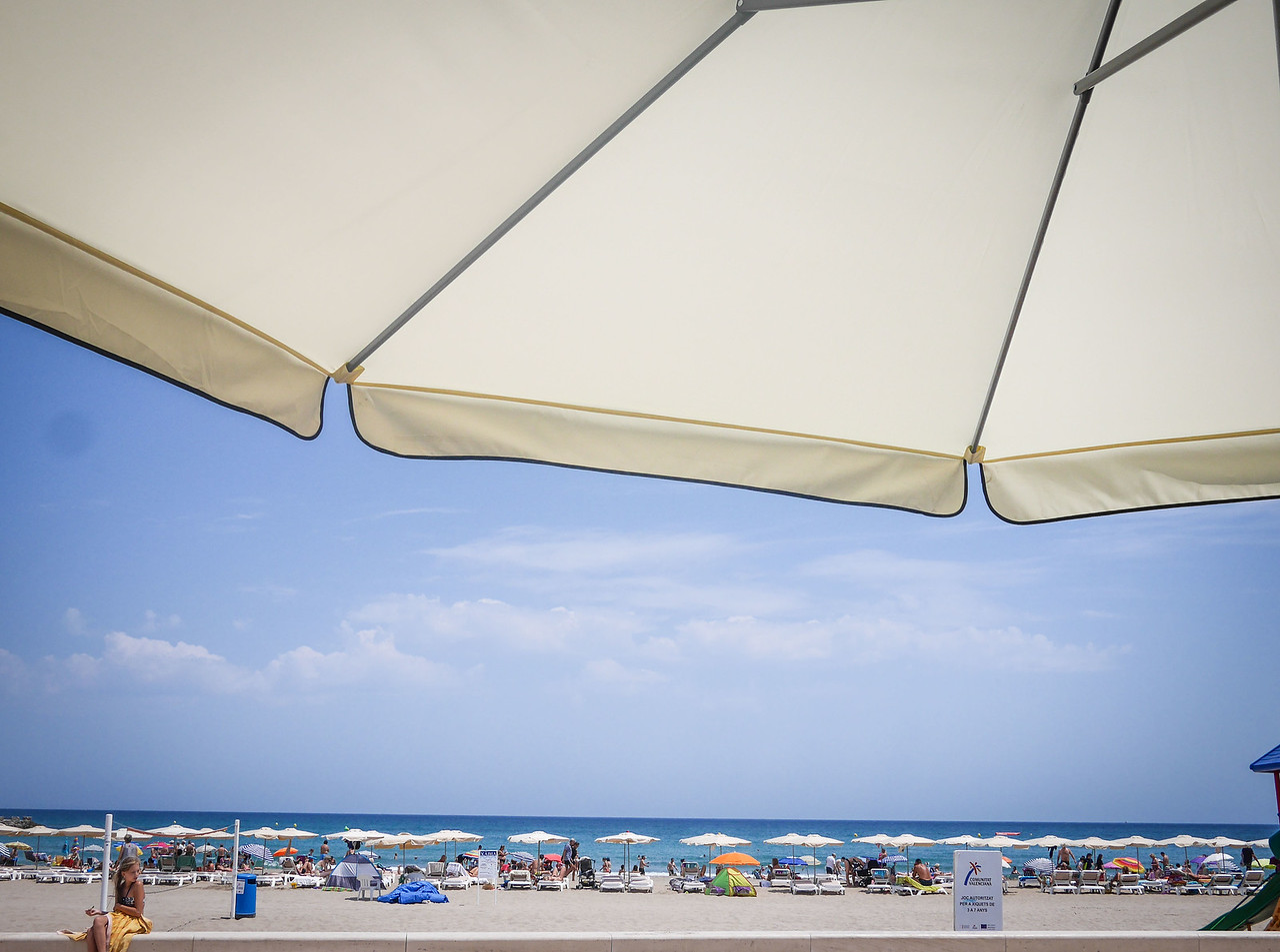 Beach scene, Arenal, Javea