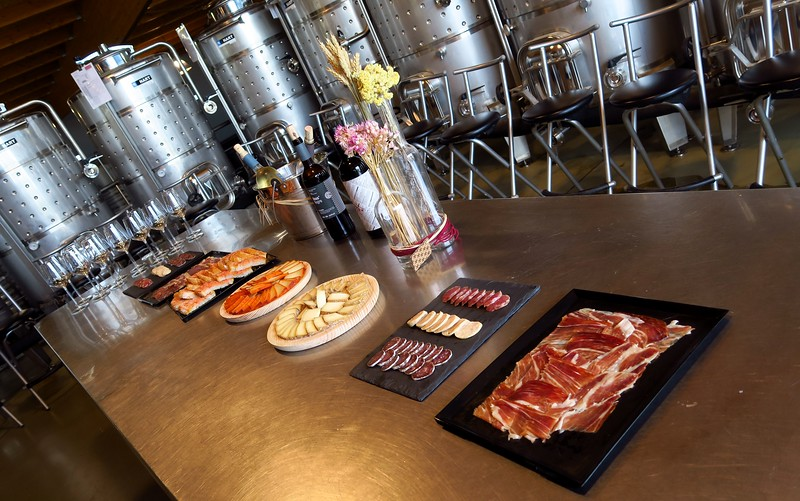 A delicious spread of meat and cheeses to accompany our wine during our visit to La Vinyeta Cellar