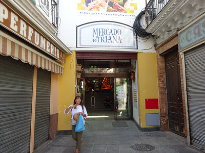 Our apartment is in the Triana neighborhood, near the historic Mercado del Triana.