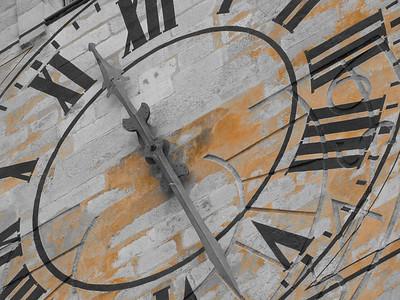 Clock in Girona