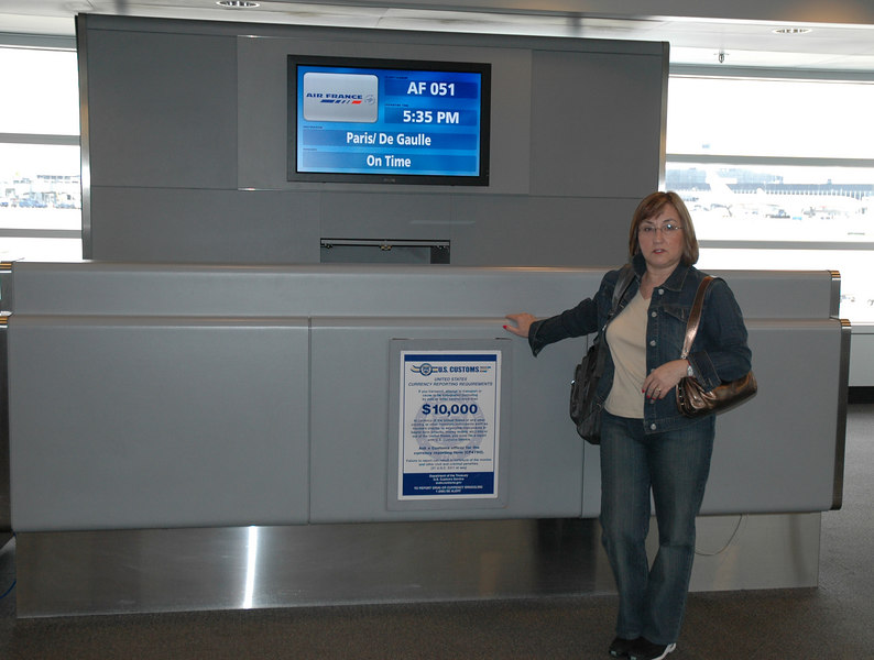 Rose waiting at O'Hare for Paris