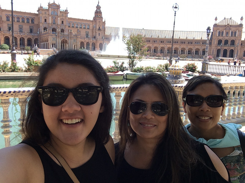 Plaza de Espana selfie!