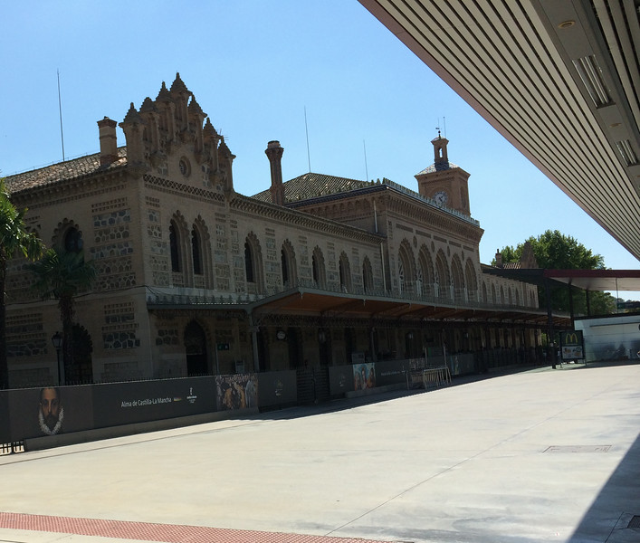 Back to the train station in Toledo designed in Mudejar style. Meeting Lindsey in Madrid for an evening of Paella and flamenco.