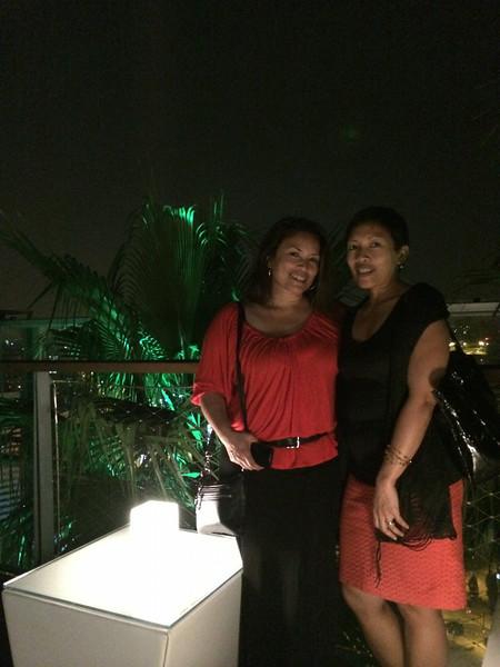 Hermanas(sisters)!