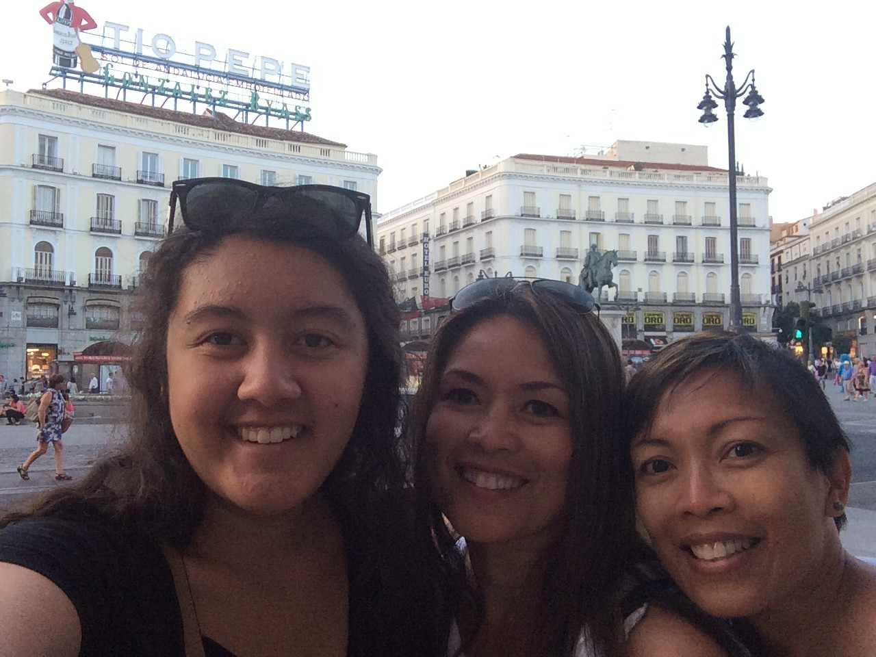 Last day in the heart of Madrid at Puerta del Sol(Spanish: Gate of the Sun). As always, in Selfie pose formation. Hasta luego!