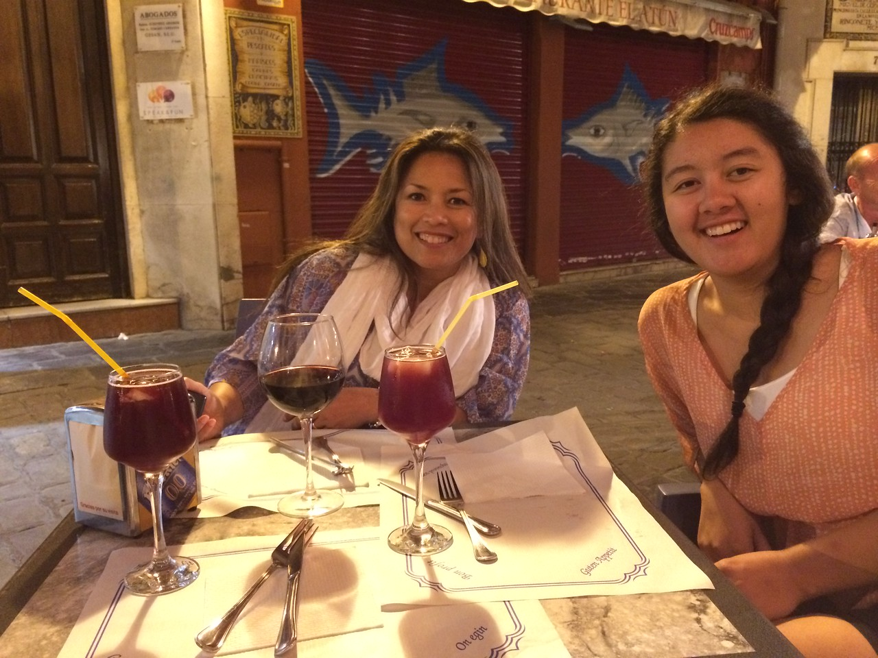 Dinner and drinks at Casa Belen restaurant. Vino tinto and Tinto Verano. Salud!