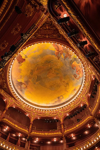 Porto is famous for many things, but the ceiling of the beautiful grand theater is not to be missed