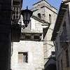 В Эль Пуэйо находится монастырь Сан-Викториан, романского происхождения. Есть основания считать, что это самый старый монастырь в Испании. Увы, в 16 веке он был радикально перестроен. Есть еще в деревне постоялые дворы Casa Coronas, датируемые 1519 годом.