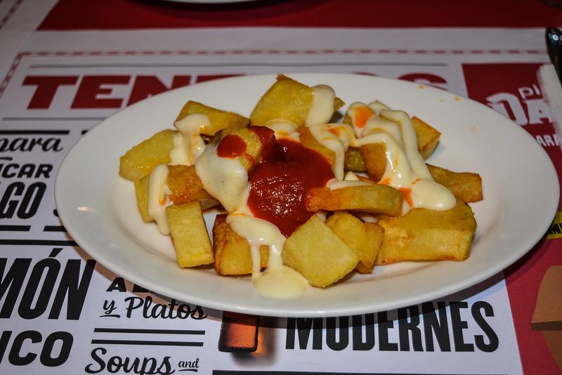 patatas bravas el guindilla barcelona