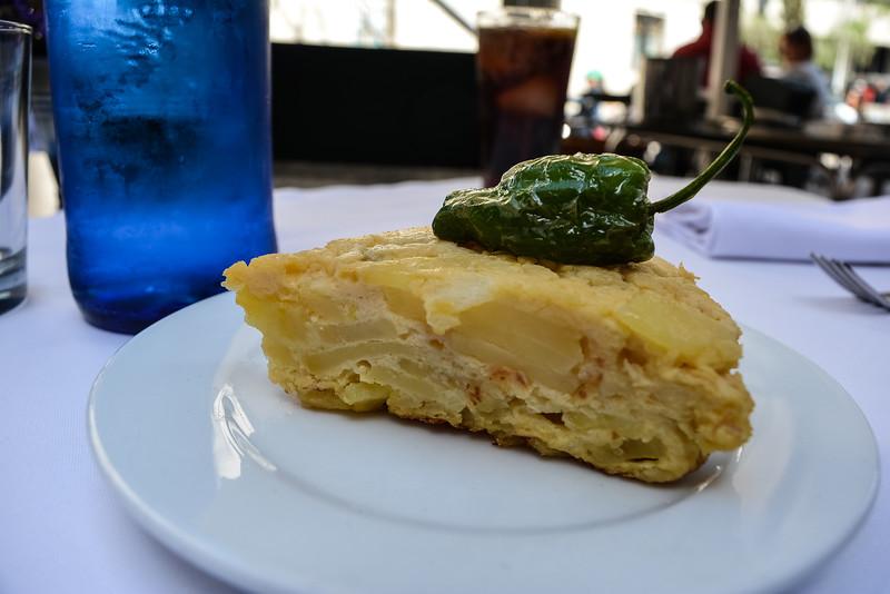 spanish omelette best tapas in barcelona