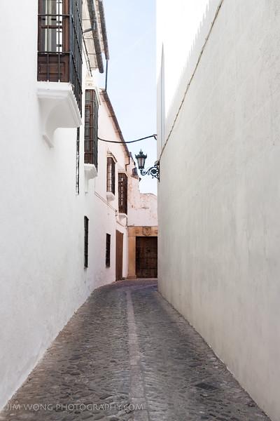 White alley, Ronda