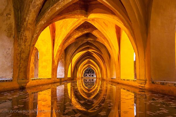 Los Baños de Doña María de Padilla, Reales Alcázares, Seville