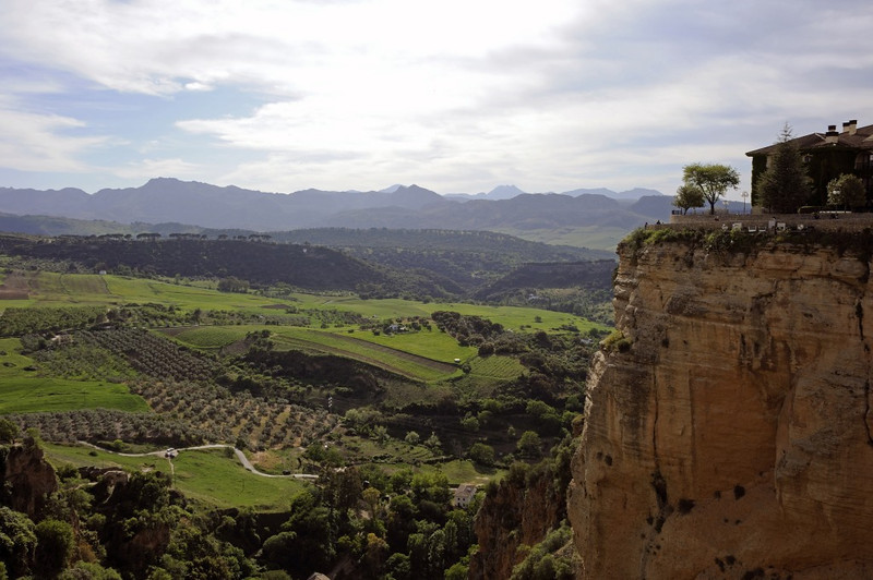 Ronda, Fri 2 May 2014 2.  Looking south west from the cliffs.