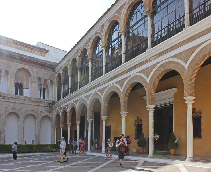 Hunting Courtyard Covered Walkway