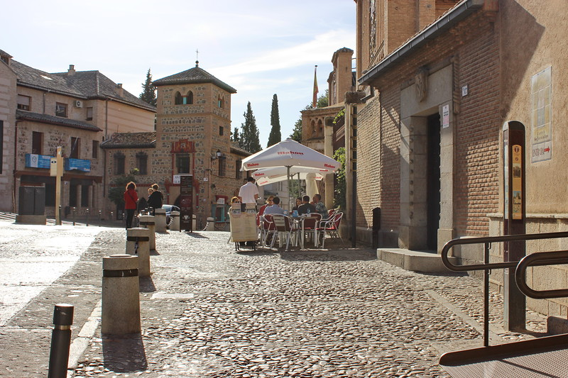 Cobblestone Street and Cafe