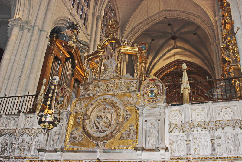 Vaulted Altar Ceiling