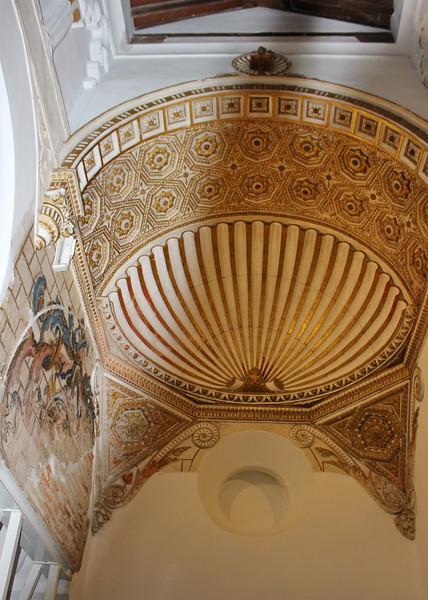 Corner Ceiling