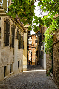 Toledo Alley - Afternoon