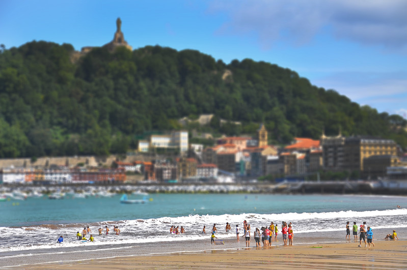The Beach in San Sebastián. 2011.