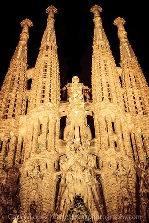 La Sagrada Familia, at night.
