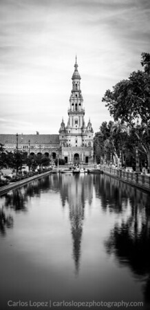 Reflection, Plaza Espana