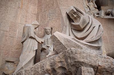 La Sagrada Familia Statues