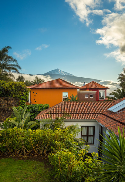 Looking at Mt. Teide above the houses.