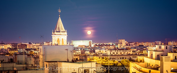 Moon over Sevilla
