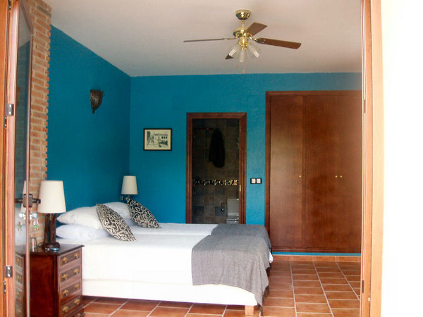 Finca Splash Blue Room