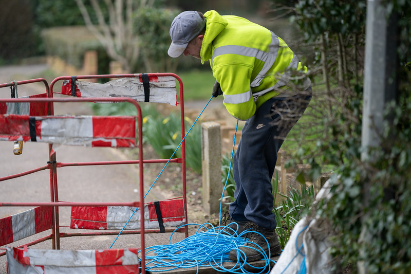 Fibre Cable is Pulled Through - High St (2 Mar 2021)