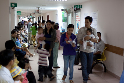 In this amazing hospital, the hallways are filled with babies and small children.  It is a delightful experience, just to walk through the hallways!