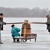 """Ant Lūšių ežero- dar gyva senovinė stintelių žvejyba """"bobomis"""",kurių žūklė – mūsų kultūros paveldas."""