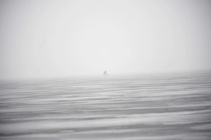 ...per pavasarėjantį Lūšių ledą,Ignalinos rajone...