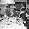 Pas Brazauskas pietaut-1993-ieji.Pirma iš dešinės-žurnalistė Ramunė Sakalauskaitė