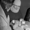 """Legendinėje Didžiosios gatvės """"Pieno bare"""" dvi kursiokės - Renita Petraitytė-Paleckienė ir Jolanta Bražėnaitė-Tarasevičienė."""